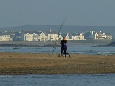Cymyran - Fishing 'The Round'