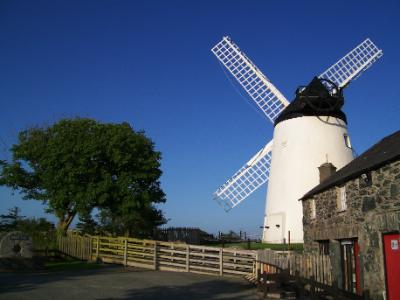 Anglesey-Llynnon Mill