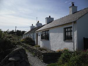 Anglesey-Hidden-Gem.com - Moelfre Cottages