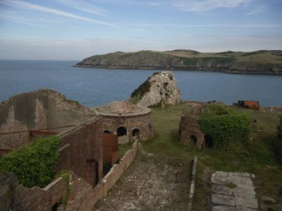 www.anglesey-hidden-gem.com - Porth Wen Brickworks - Cemaes Bay, Anglesey
