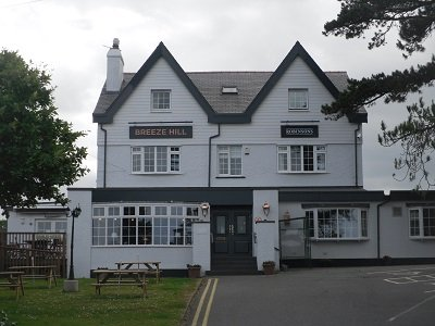 Anglesey-hidden-gem.com - Benllech Breeze Hill