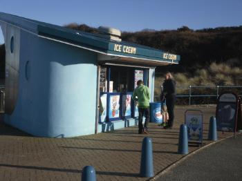 Benllech Beach Dan Dare's Ice Cream Hangout