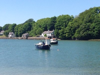 www.anglesey-hidden-gem.com - Red Wharf Bay