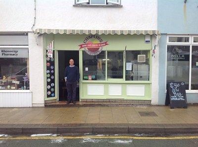 Anglesey-Hidden-Gem.com Chaplins Rhosneigr